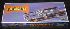Polar Lights 1966 TV Series Batmobile Plastic Model Kit 1:32 - POL933/12