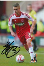 MIDDLESBROUGH HAND SIGNED JOE BENNETT 6X4 PHOTO.