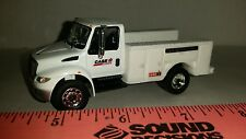 1/64 CUSTOM INTERNATIONAL DURASTAR CASE IH SERVICE TRUCK ERTL FARM TOY FREE SHIP