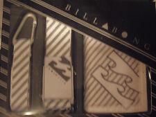 Billabong Geschenk Set Deluxe Gift Pack  Geldbörse Gürtel  Schlüsselanhänger