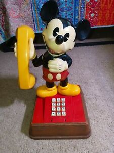 Vintage 1976 Mickey Mouse Push Button Phone