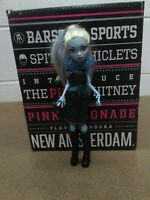 Mattel Monster High Doll Abbey Bominable 2010