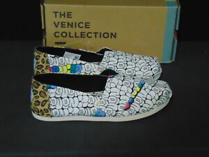 "Toms ""Bubble Graffiti"" Venice Collection Classic Slip-On Shoes ~ Size 8 ~ New"
