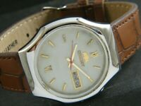 VINTAGE ORIENT CRYSTAL AUTOMATIC JAPAN MEN'S DAY/DATE WATCH 374f-a187689-2