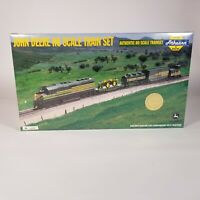 Athearn John Deere HO Scale Train Set 75th Anniv Collectors Ed. 2000 Box Sealed