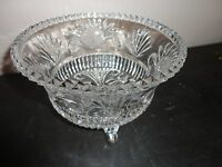 VINTAGE PRESSED GLASS CRYSTAL FOOTED ROUND FOOTED CANDY NUTS SERVING BOWL