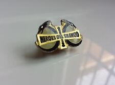 """HEROES DEL SILENCIO """"SENDEROS DE TRAICION"""" SENDA'91 OFFICIAL PIN / BUNBURY"""
