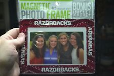 ~ ARKANSAS RAZORBACKS MAGNETIC PHOTO FRAME 4X6 + BONUS HOG MAGNET HOLDS 5X7 ~