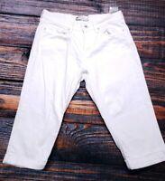 "Levi's Jeans Womens Capri Cropped White Denim Size 8 Inseam 18"" Waist 30"""