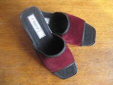 Flache Markenlose Damen-Sandalen & -Badeschuhe mit normaler Weite (E)