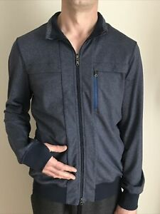 Lululemon Men's XL Jacket Full Zip Athletic Long Sleeve Zip Pockets Thumbholes