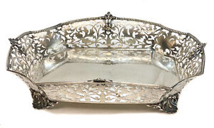 Messulam for Serra Roma 800 Silver Pierced Footed Centerpiece Tray, Gadroon Rim
