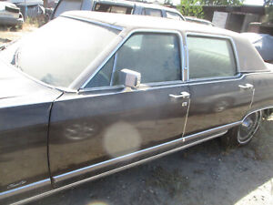 DRIVER DOOR & GLASS LINCOLN CONTINENTAL TOWN CAR 77 78 79