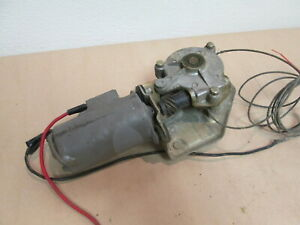 Ferrari 400i,412,365 GT4 2+2 - LH Door Window Winder Motor / Lift 255-30-571-01