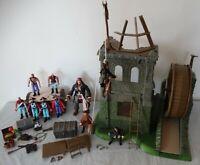 DISNEY - Pirates Of The Caribbean POTC Isla Cruces Playset + extra figures