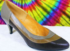 size 7 B vtg 80s taupe & brown leather pumps shoes Nos