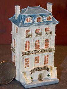 Dollhouse Miniature Reutter Porcelain Dollhouse 1:12 scale F62 Dollys Gallery