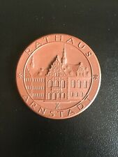 GERMANY. MEISSEN (PORCELAIN)  VISITOR TABLE MEDAL -:- IN VERY NICE CONDITION.