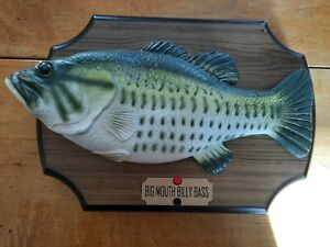 SINGING MOVING FISH Original 1999 Big Mouth Billy Bass MOUNTED TWO SONGS FUNNY