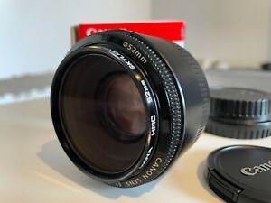Canon EF 50mm F/1.8 II Standard AutoFocus Lens