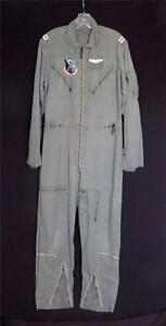 RARE VINTAGE 1960'S VIETNAM ERA GREEN K-2B COTTON FLIGHT SUIT SIZE  LARGE