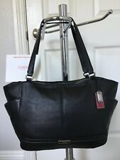 COACH PARK LEATHER CARRIE TOTE BLACK PEBBLED LEATHER IN GREAT CONDITION LOOK!
