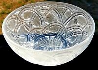 "Exquisite Lalique Pinsons 9.25"" Bowl Finches in Foliage Mint Signed"