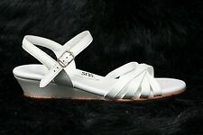 SAS TriPad Comfort Womens White Patent Leather Ankle Strap Sandals Size 10 M