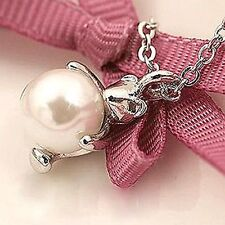 Cute silver tone teddy bear and pearl necklace