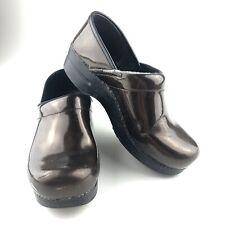 DANSKO WOMENS Burgundy Wine patent leather Nursing work Clog mule shoe EU 38
