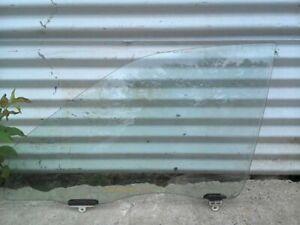 Drivers Front Door Glass for 98-02 Geo Prizm