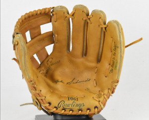 VINTAGE RAWLINGS Baseball Glove MIKE SCHMIDT 1061 GREAT SHAPE Edge-u-Cated Heel