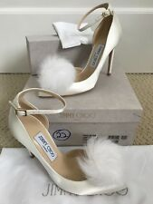 Neuf dans sa boîte auth Jimmy Choo Rose White Satin fur pom pom Clip Pointed Escarpins eu36 uk4