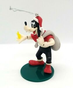 Disney Japan 2018 Cow Mickey Minnie Goofy Christmas Ornament Figure Toy Kids
