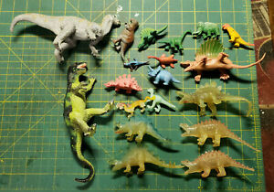 Lot 19 Rubber Plastic Dinosaur Figures Vintage Russ Glow-In-The-Dark Chinasaurs