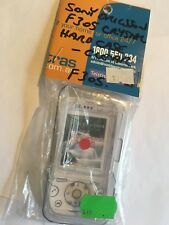 Sony Ericsson F305i Crystal Hard Case in Clear CPC610. Brand New in packaging
