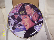WAYNE GRETZKY AND GORDIE HOWE Hand Signed AUTOGRAPHED GARTLAN PLATE LOW ISSUE #5