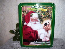 CHRISTMAS OREO TIN 1997 85TH ANNIVERSARY SANTA EATING OREO COOKIES AND MILK