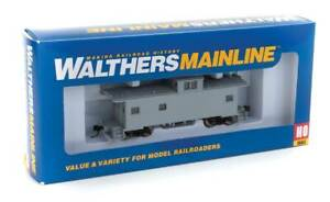 Walthers MainLine 910-8750 Undecorated International Wide-Vision Caboose