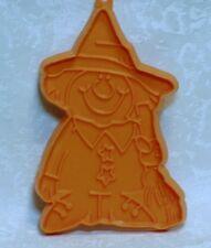 Hallmark Vintage Plastic Cookie Cutter - Silly Witch Scarecrow Halloween Autumn