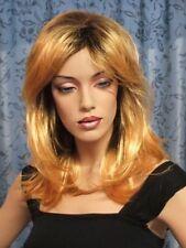 American Style -  Lange Perücke mit fülligem Ansatz in einem irren gold