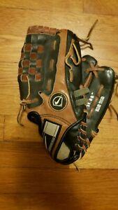 "Nike KDR 1258 Baseball Mitt 11"" right hand throw"