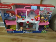Fisher Price Little People Big Helpers Home House Pink sounds New dog puppy toy