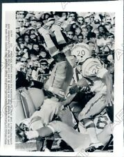 1971 San Diego Chargers Back Mike Garrett Runs VS Oakland Raiders Press Photo