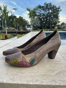 NEW L'Artiste Spring Step Brown Leather Clogs Shoes Euro 39