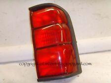 Nissan Patrol y61 2.8 rd28 97-13 Rh OSR Trasero Luz Lámpara de clúster