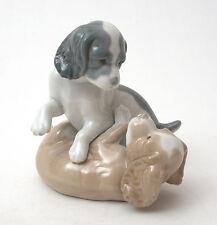 Nao Porcelain Figurine, Mischievous Puppies #386 Retired