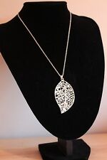 -UK-  Silver Plated Filigree Leaf Pendant Necklace Seasonal Leaves (045)