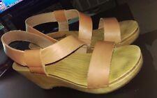 FREE PEOPLE Dune Beach Clog, brown leather platform sandal size 39 / US 8.5