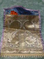 neuf    porte-lettre bureau  tissus en soie  les 2paons 37cmx27cm